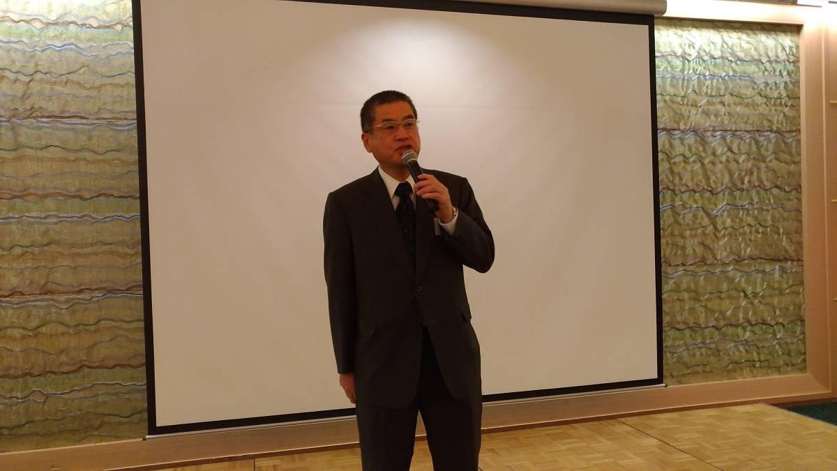 懇親会開演挨拶 西 康政会長(16期)